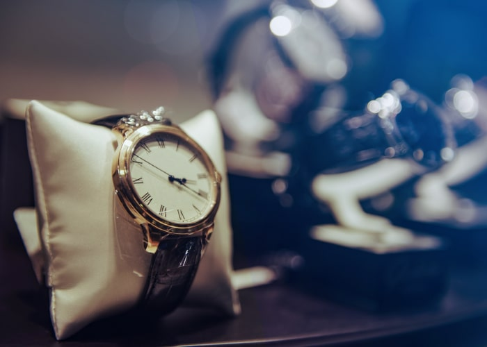 Expensive swiss watches-min